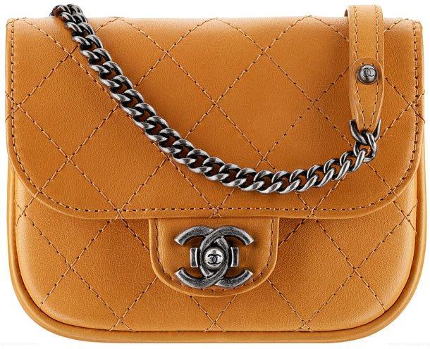 Chanel-Small-Messenger-Bag
