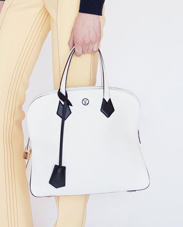 7d421e179520 Louis-Vuitton-Pinch-Bag-white