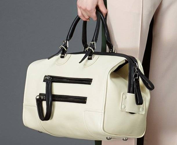 Valentino-Pre-Fall-2015-Bag-Collection-7