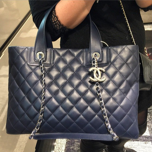 Chanel-Daily-Shopping-Tote-3