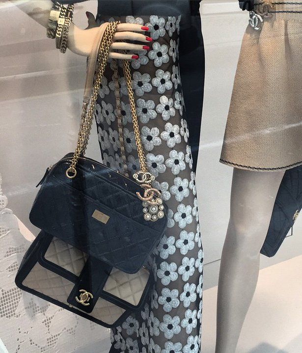 Chanel-Reissue-2.55-Tote-Bag