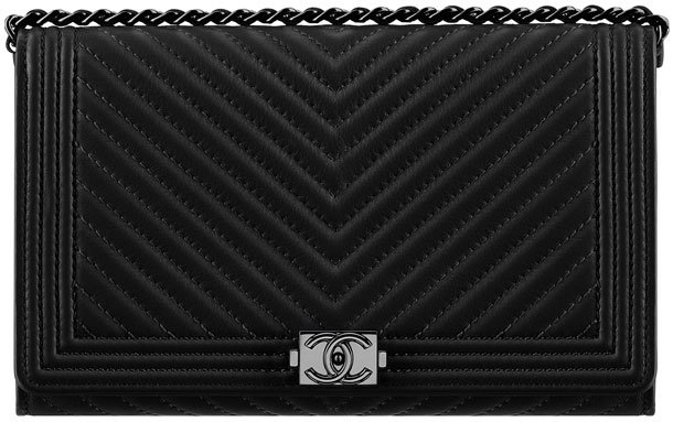 Chanel-Boy-Chevron-Wallet-On-Chain