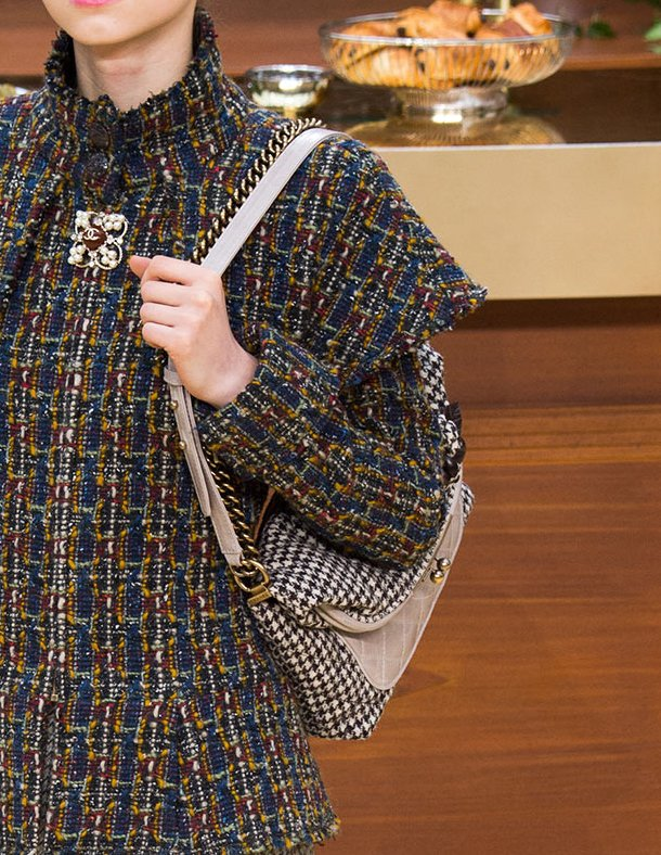 Chanel-Fall-Winter-2015-Runway-Bag-Collection-12