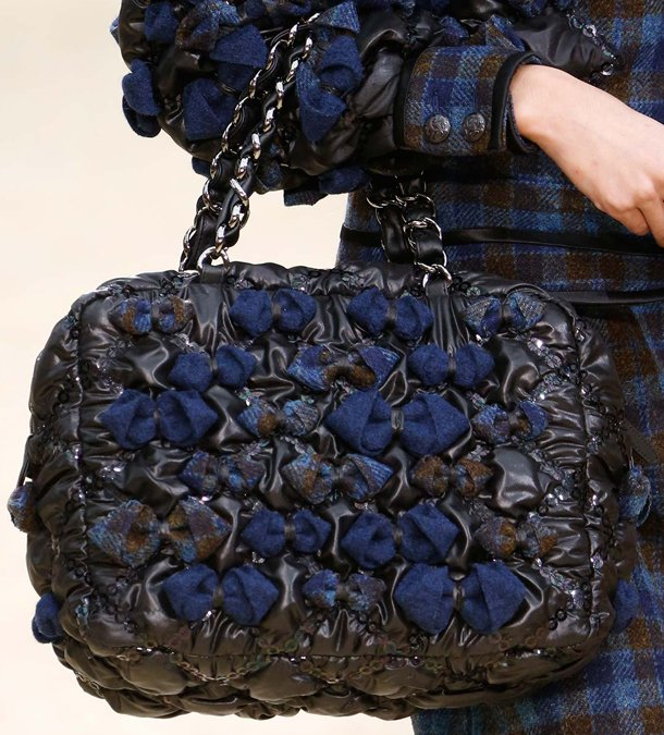 Chanel-Fall-Winter-2015-Runway-Bag-Collection-2