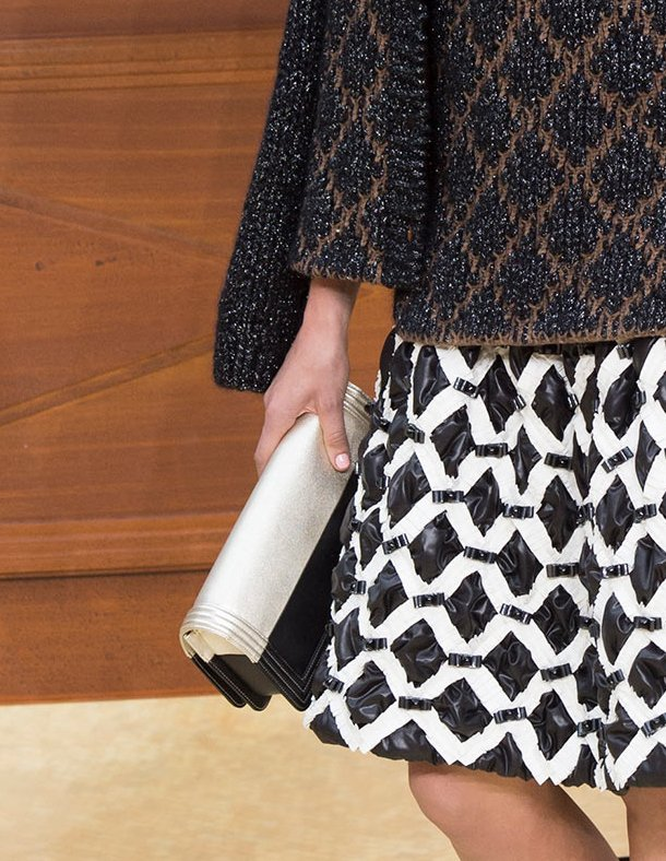 Chanel-Fall-Winter-2015-Runway-Bag-Collection-21