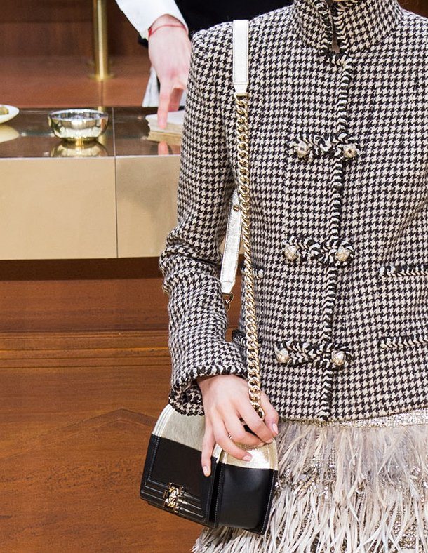 Chanel-Fall-Winter-2015-Runway-Bag-Collection-22