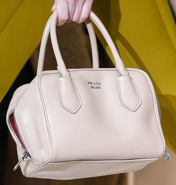 Prada-Fall-Winter-2015-Runway-Bag-Collection-18