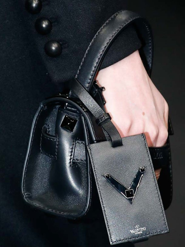 Valentino-Fall-Winter-2015-Runway-Bag-Collection-16