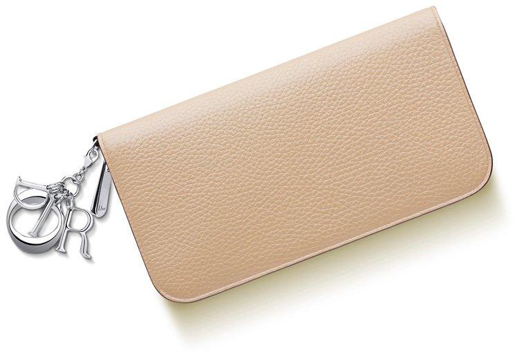 diorissimo-voyageur-wallet