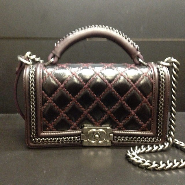 034d9bceb357 Chanel Chain Handle Boy Bag | Bragmybag