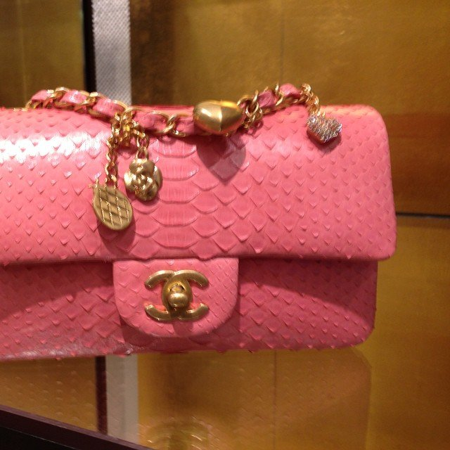 be84289e5fc4 Chanel Valentine Python Flap Bag | Bragmybag