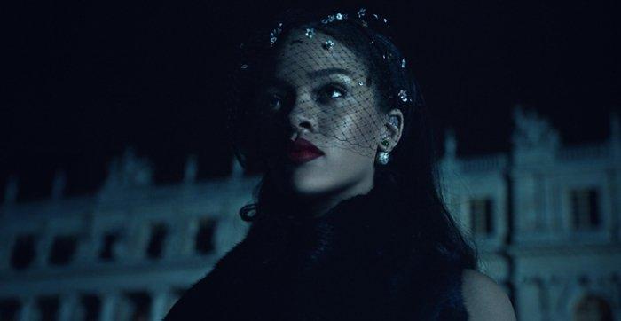 Dior-x-Rihanna-Secret-Garden-Ad-Campaign-5