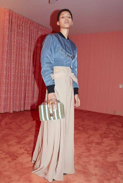 Louis-Vuitton-Cruise-2016-Lookbook-by-Juergen-Teller-26
