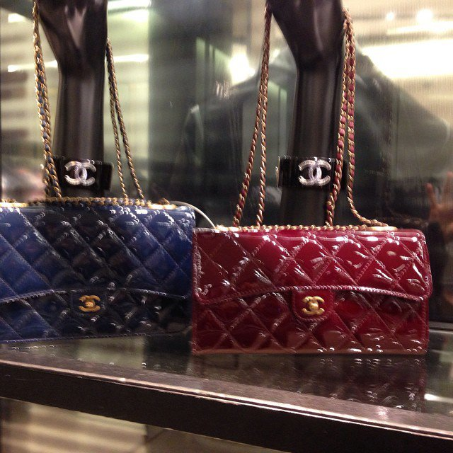 Chanel-Patent-Classic-Wallet-on-Chain