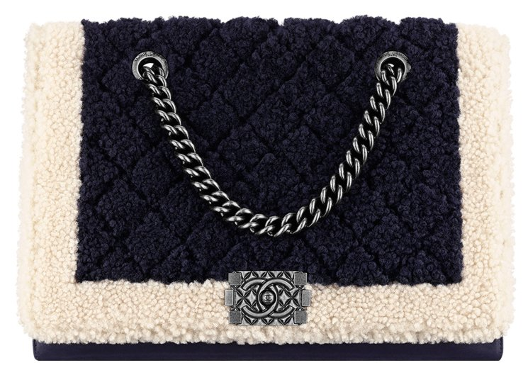 Chanel-Pre-Fall-2015-Bag-Collection-2