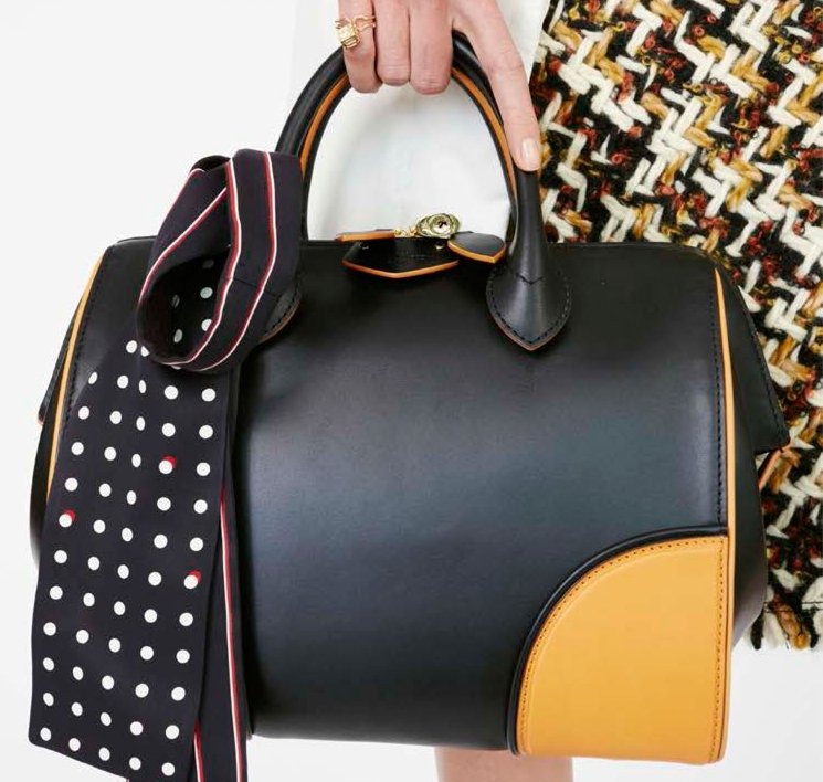 Louis-Vuitton-Fifteen-Girls-Descending-A-Staircase-Bag-Collection-15