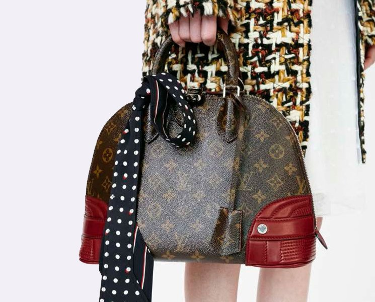 Louis-Vuitton-Fifteen-Girls-Descending-A-Staircase-Bag-Collection-4