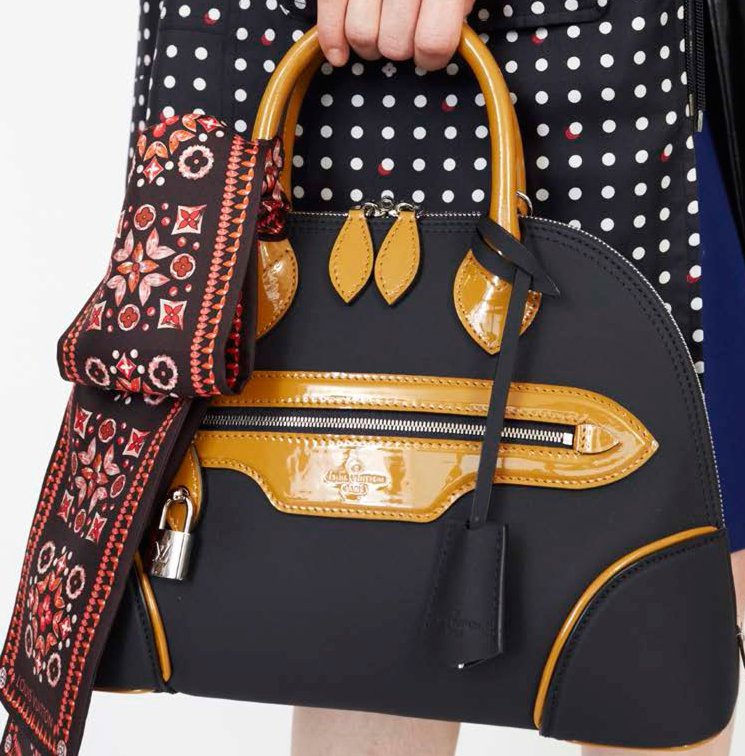 Louis-Vuitton-Fifteen-Girls-Descending-A-Staircase-Bag-Collection-7