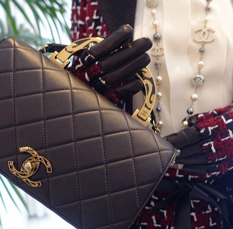Inside-Chanel-Boutique-And-The-Latest-Handbags-2