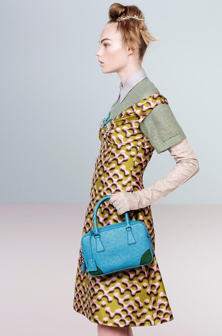 Prada-Fall-Winter-2015-Ad-Campaign-Featuring-The-Inside-Tote-Bag-6