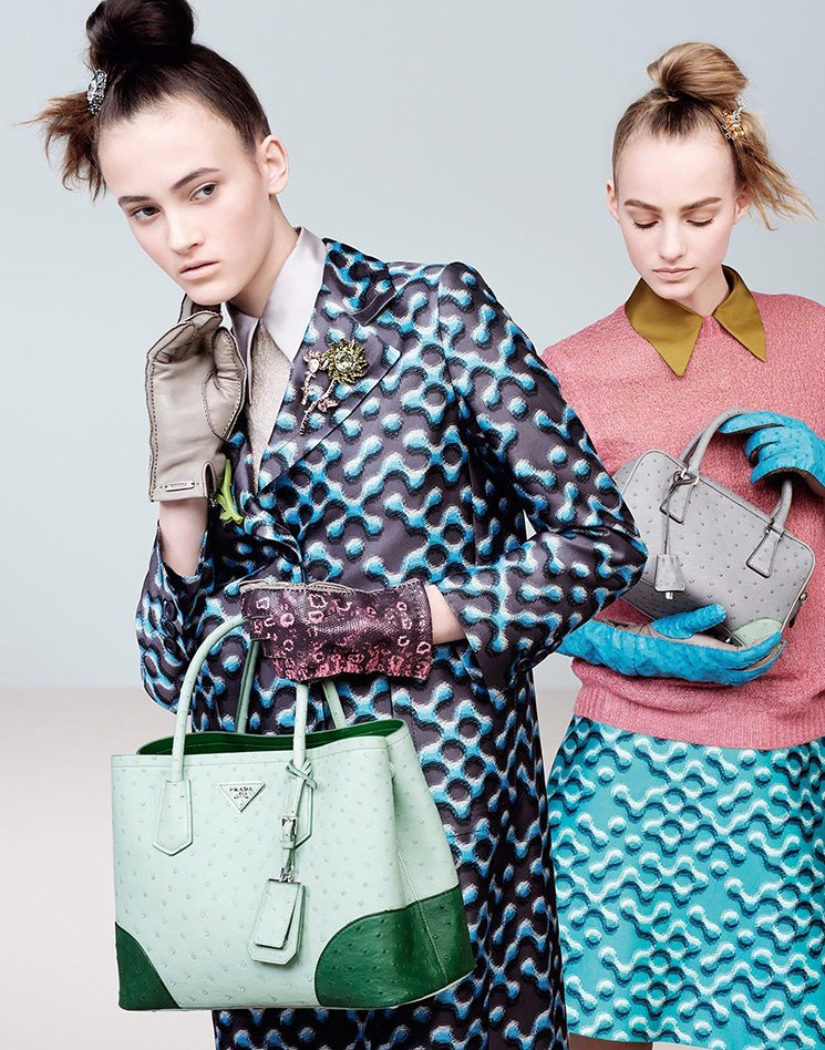 Prada-Fall-Winter-2015-Ad-Campaign-Featuring-The-Inside-Tote-Bag-7
