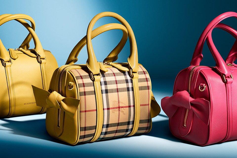 Top-5-Burberry-Signature-Handbags-fb