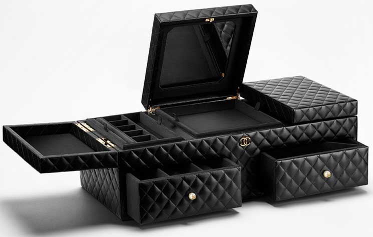 Chanel-Jewelry-Boxes-5