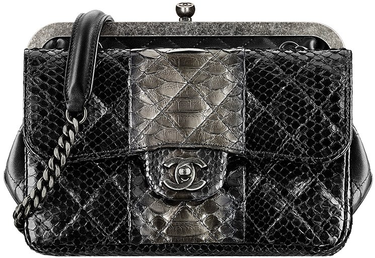 Chanel-Pre-Fall-Winter-2015-Seasonal-Bag-Collection-26