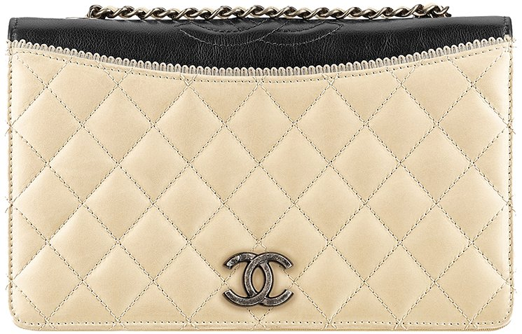 Chanel-Pre-Fall-Winter-2015-Seasonal-Bag-Collection-31