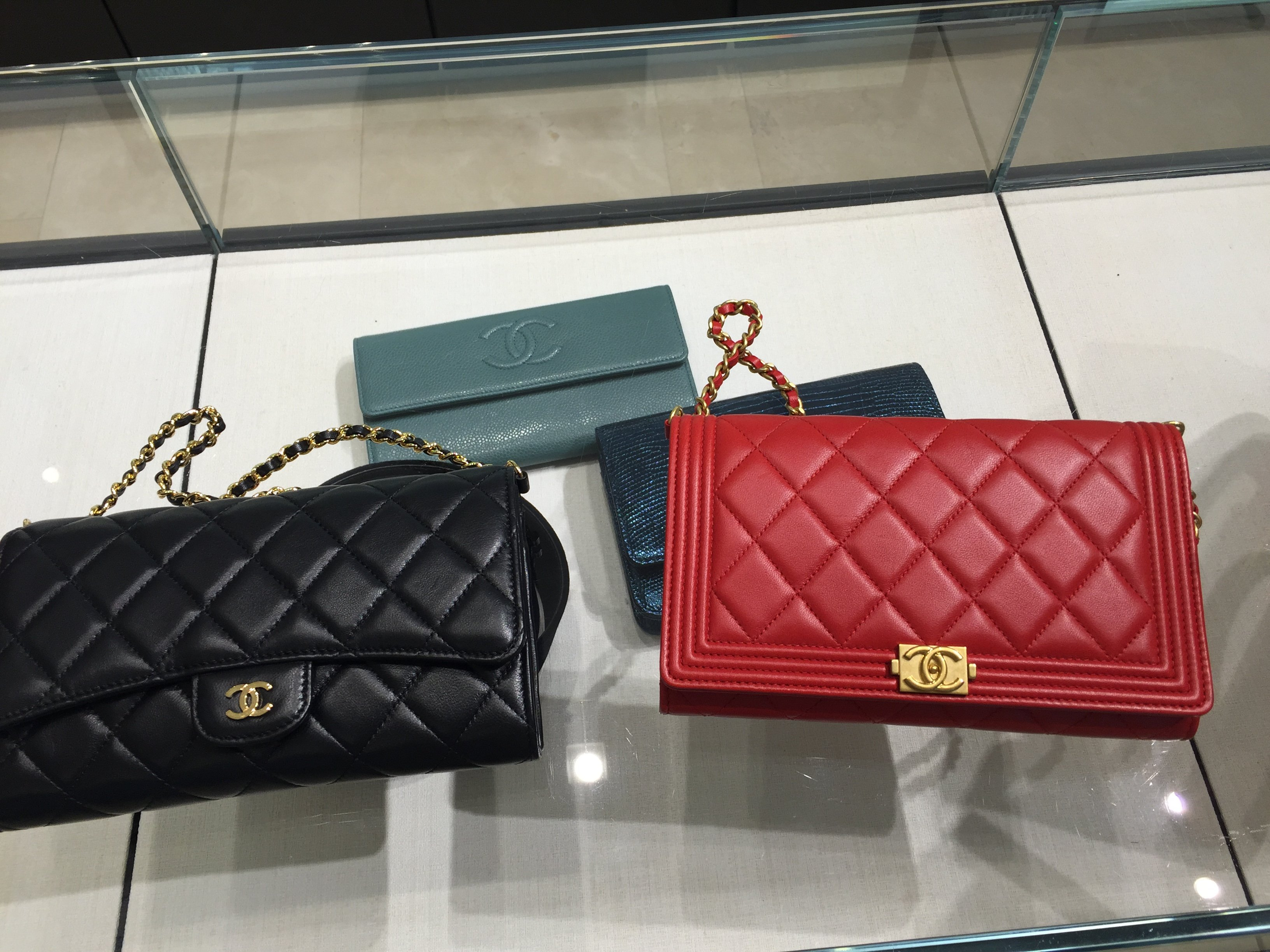 I bought mine in lambskin in August. Been using it daily since! I wish they  have the boy woc in caviar too. fba5b6b6007ba