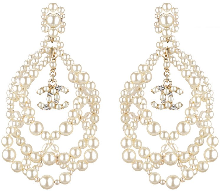 Chanel-Earrings-For-Fall-Winter-2015-Pre-Collection-Part-1-5
