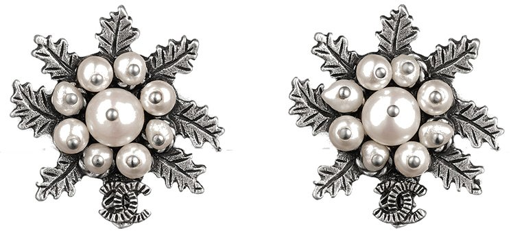 Chanel-Earrings-For-Fall-Winter-2015-Pre-Collection-Part-2-4