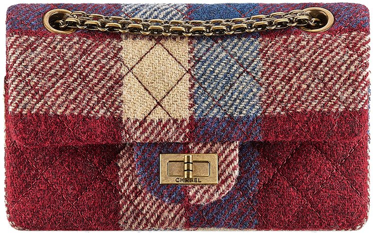 Chanel-Fall-Winter-2015-Bag-Collection-11