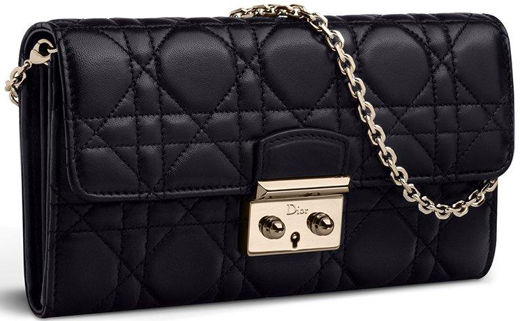 Miss dior rendez-vous chain wallet