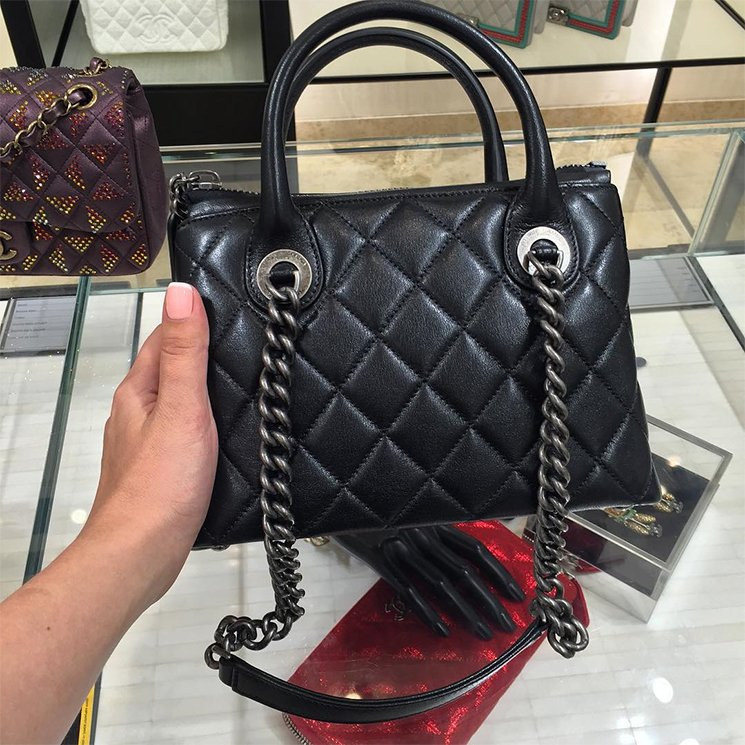 32e17e1d780d Small Chanel Boy Chained Tote Bag For Fall Winter 2015 Collection ...
