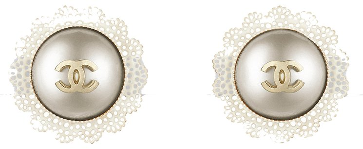 Chanel-Earrings-For-Fall-Winter-2015-Collection-Act-2-6