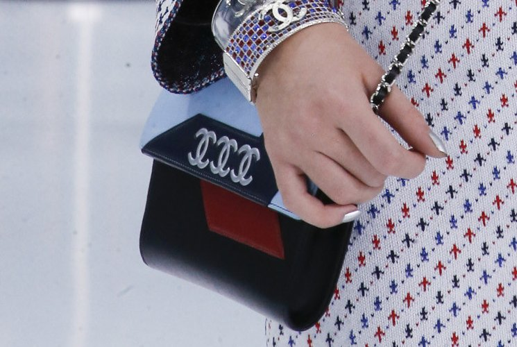 Chanel-Spring-Summer-2016-Runway-Bag-Collection-Featuring-Quilted-Mini-Luggage-Shoulder-Bag-5