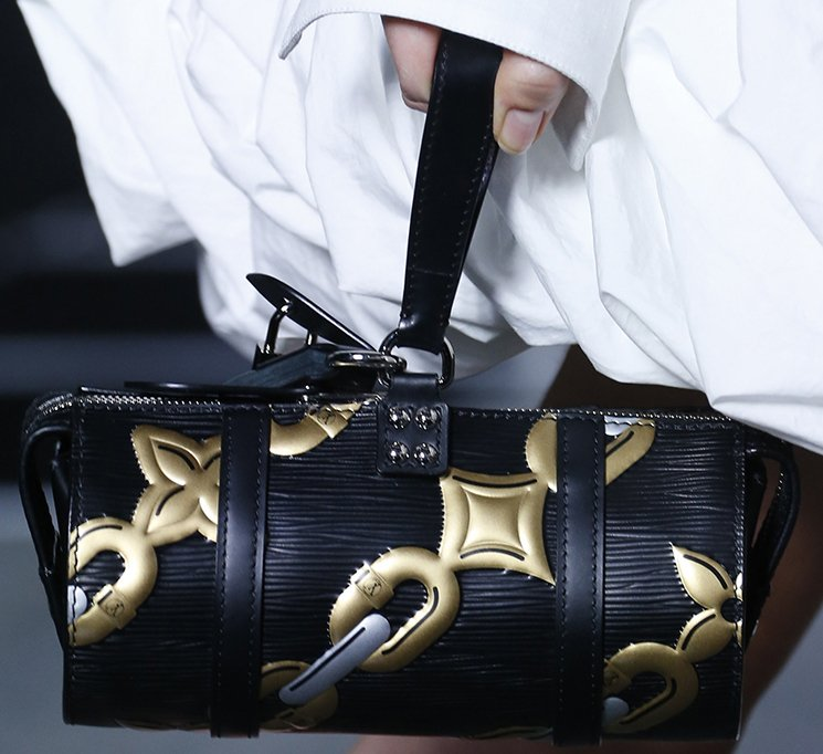 Louis-Vuitton-Spring-Summer-2016-Runway-Bag-Collection-Featuring-The-New-Petite-Malle-Bag-13
