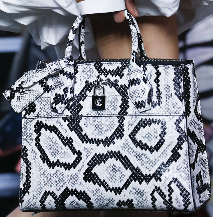 Louis-Vuitton-Spring-Summer-2016-Runway-Bag-Collection-Featuring-The-New-Petite-Malle-Bag-15