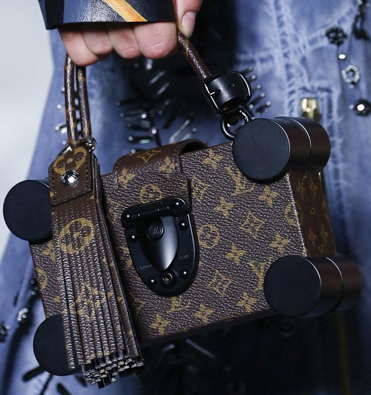 Louis-Vuitton-Spring-Summer-2016-Runway-Bag-Collection-Featuring-The-New-Petite-Malle-Bag-2