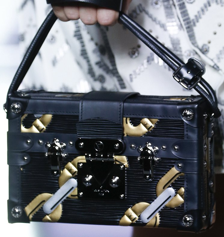 Louis-Vuitton-Spring-Summer-2016-Runway-Bag-Collection-Featuring-The-New-Petite-Malle-Bag-4