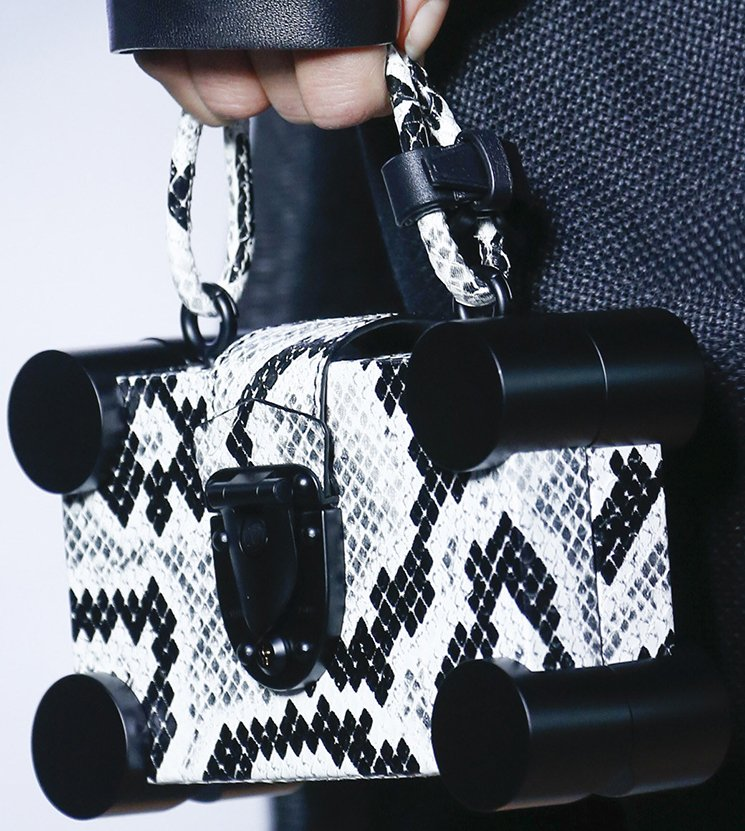 Louis-Vuitton-Spring-Summer-2016-Runway-Bag-Collection-Featuring-The-New-Petite-Malle-Bag-6