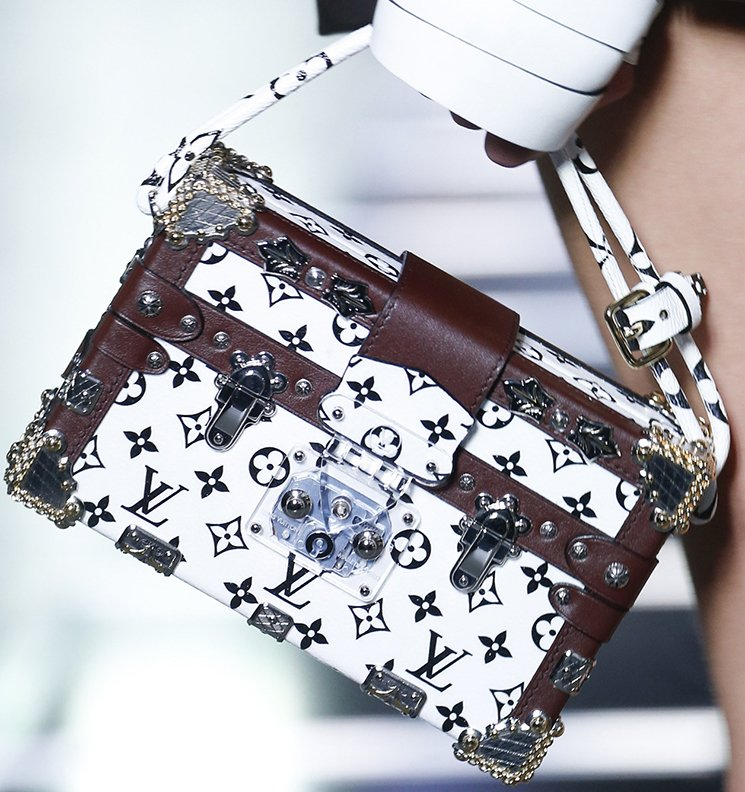 Louis-Vuitton-Spring-Summer-2016-Runway-Bag-Collection-Featuring-The-New-Petite-Malle-Bag-9
