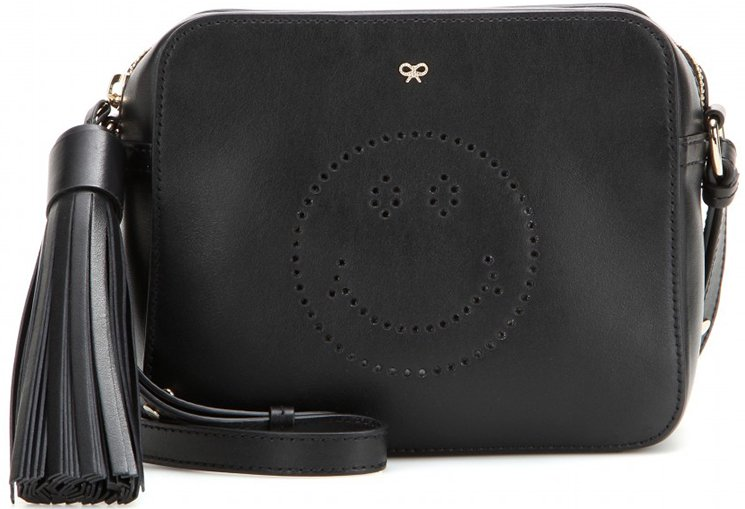 Anya-Hindmarch-Smiley-Hand-Bags-3