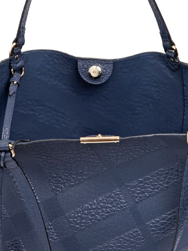 Burberry-Canterbury-Elephant-Embossed-Tote-Bag-12