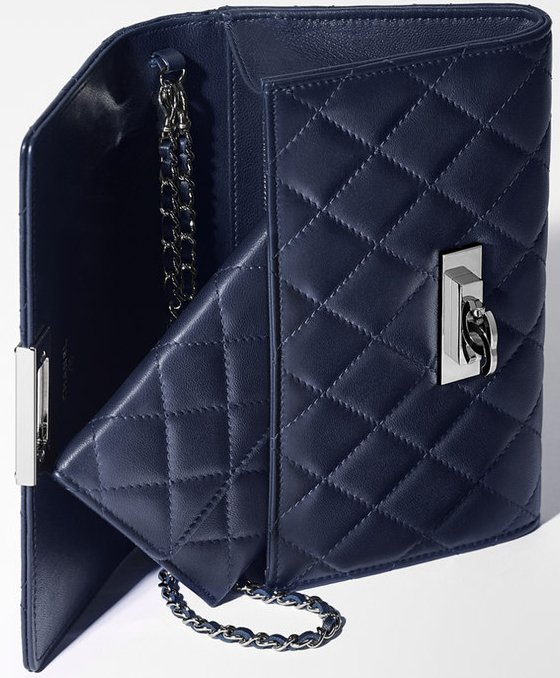 Chanel-Golden-Class-Double-CC-Wallet-with-Chain-2
