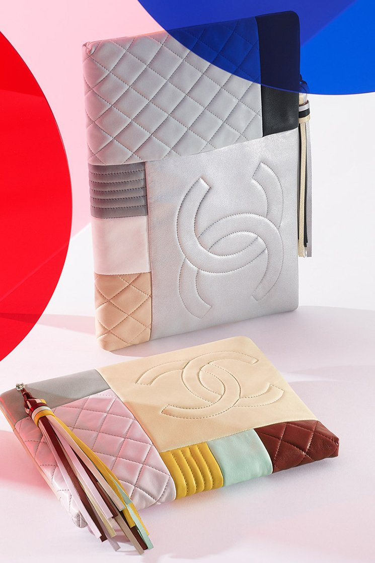 Chanel-Large-Quilted-Patchwork-Pouch-3