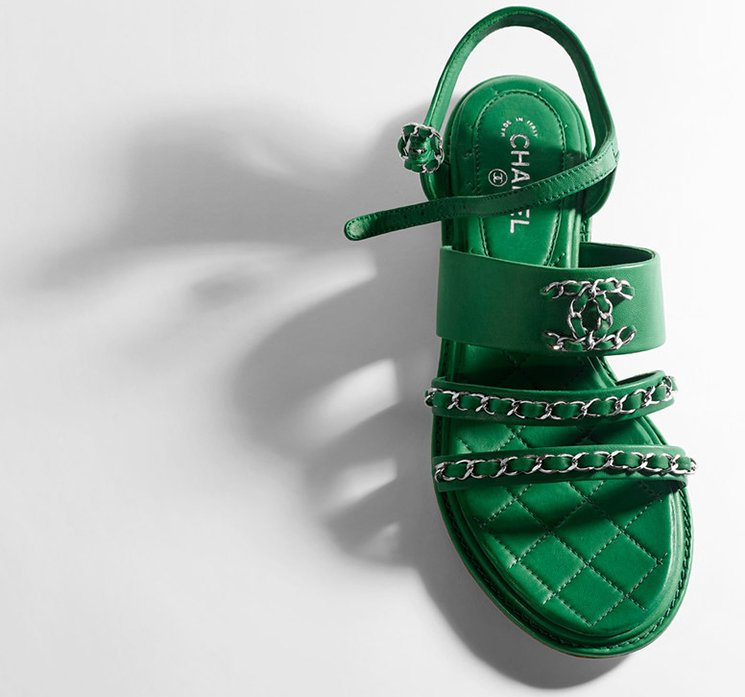 1e30b50a9d2ab5 Chanel-Sandals-For-Cruise-2016-Collection-9