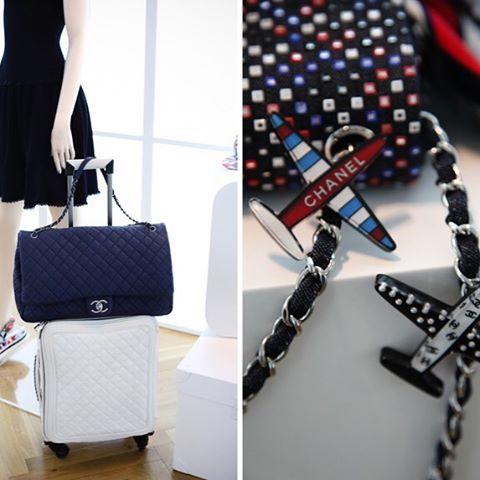 Chanel-XL-Flap-Bag-2