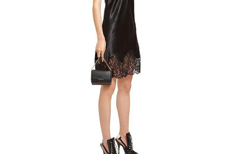 Givenchy-Pandora-Leather-Chain-Clutch-Bag-3